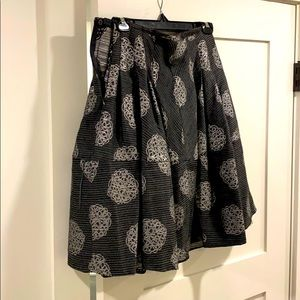 Armani tweed skirt with silver pattern size 4